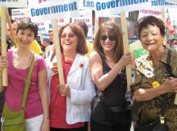 London Pride 2010 - Caroline Pigeon, Ros Scott, Lynne Featherstone, and Sarah Ludford